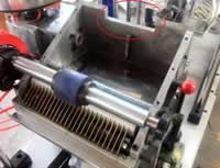 Станок для облицовывания погонажных изделий WoodTec 300B, система аппликации